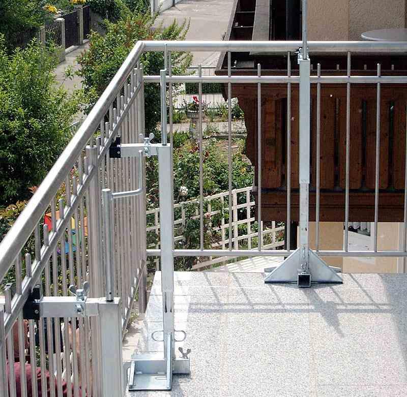 Stabiles und sicheres Montieren von Gelaendern mit Montagestuetzen MS1
