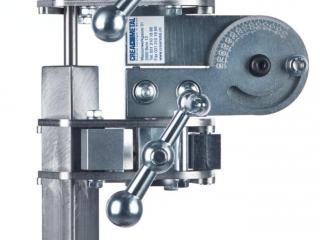 Rohrzentrierer Crea-Tube Zentrierung verschiedener Materialien Anwendungsbeispiel Stift auf Vierkantrohr